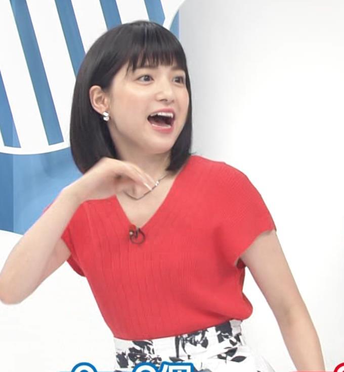川島海荷 ワキチラ&ニット乳キャプ・エロ画像2