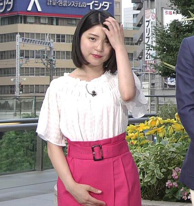 川島海荷 ピンクの長いスカートのスリットキャプ・エロ画像2