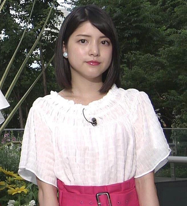 川島海荷 ピンクの長いスカートのスリットキャプ・エロ画像3