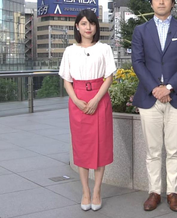 川島海荷 ピンクの長いスカートのスリットキャプ・エロ画像4