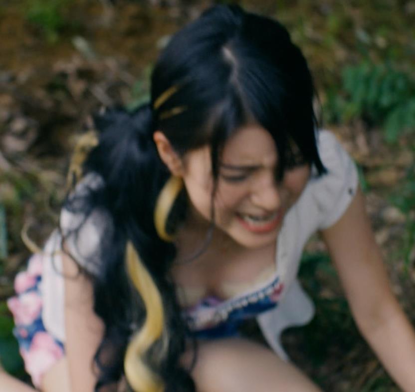 川島海荷 ニップレス丸見えドラマキャプ・エロ画像3