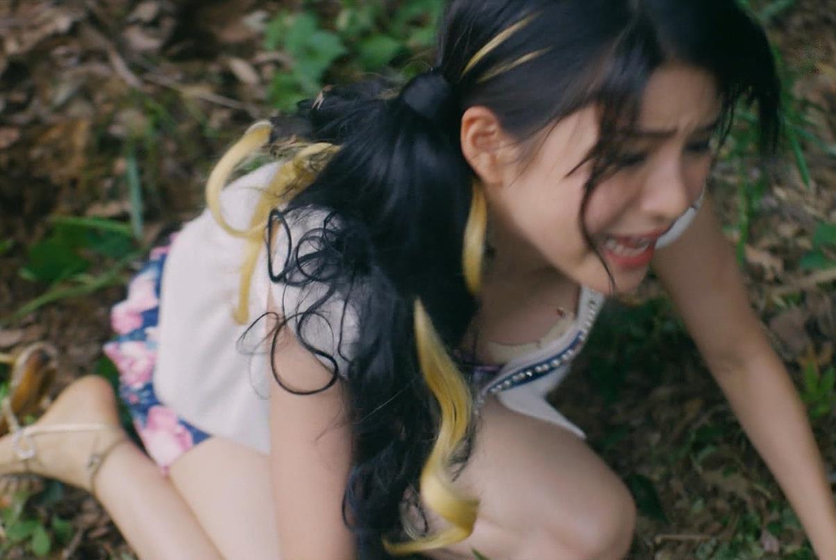 川島海荷 ニップレス丸見えドラマキャプ・エロ画像8