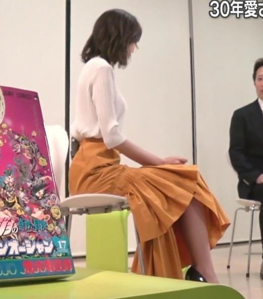 桐谷美玲 ニット横乳キャプ画像(エロ・アイコラ画像)