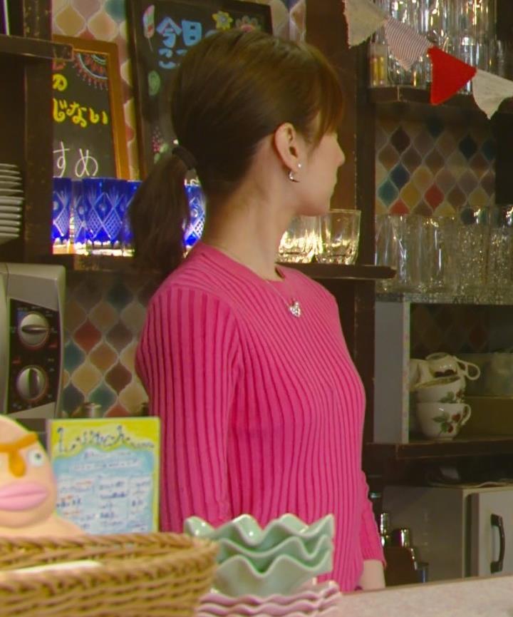北川景子 微乳だとわかるぴったりニットキャプ・エロ画像7