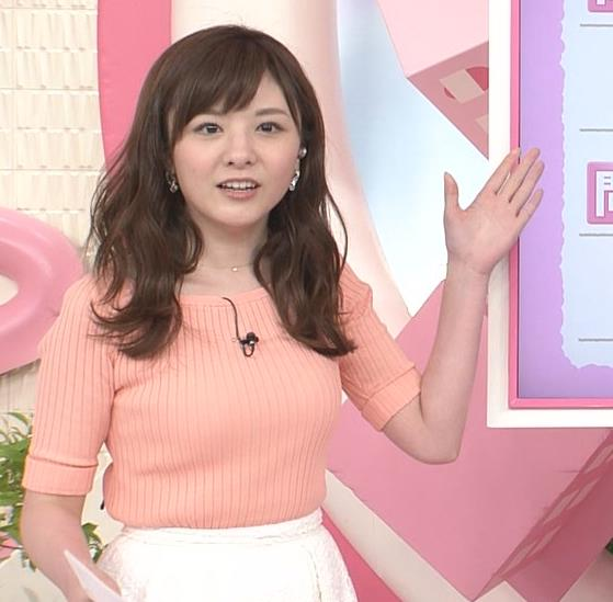 小菅晴香アナ おっぱいがデカそうなニット乳キャプ・エロ画像3