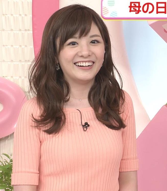 小菅晴香アナ おっぱいがデカそうなニット乳キャプ・エロ画像5