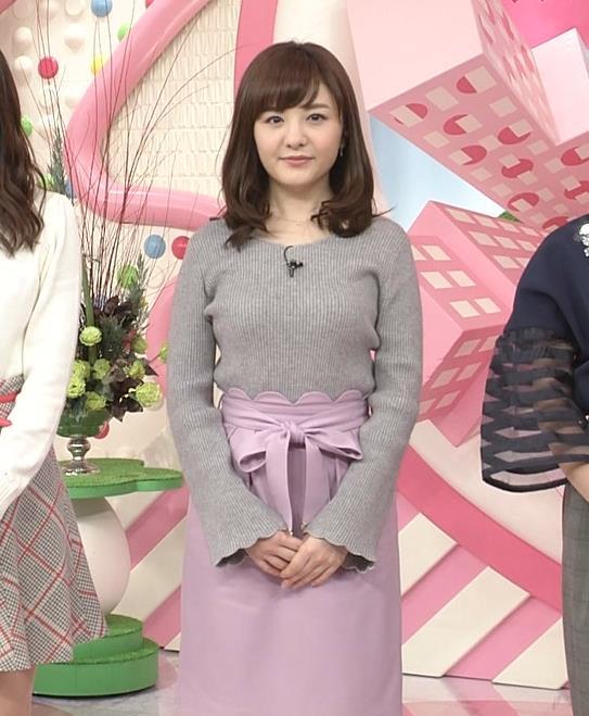 小菅晴香アナ oha4キャスターのニットおっぱいキャプ・エロ画像2