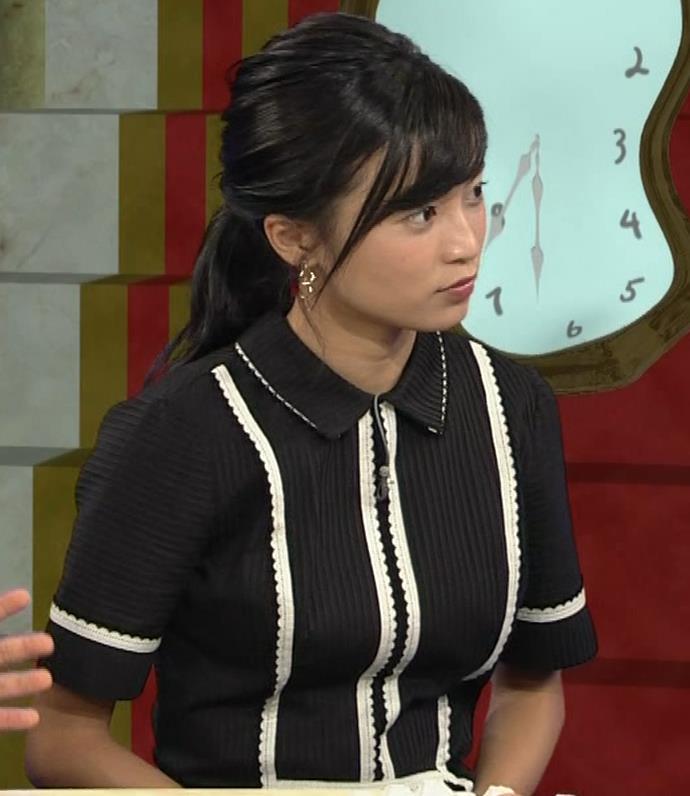 小島瑠璃子 ありそうでなさそうな着衣おっぱいキャプ・エロ画像12