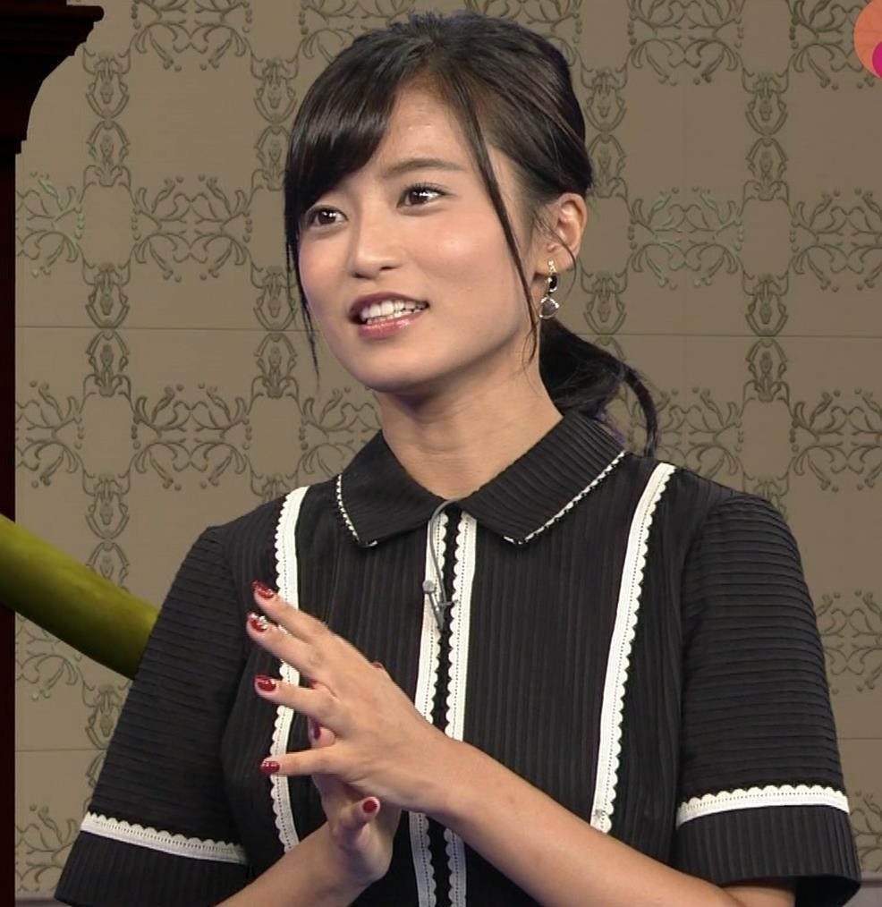 小島瑠璃子 ありそうでなさそうな着衣おっぱいキャプ・エロ画像3