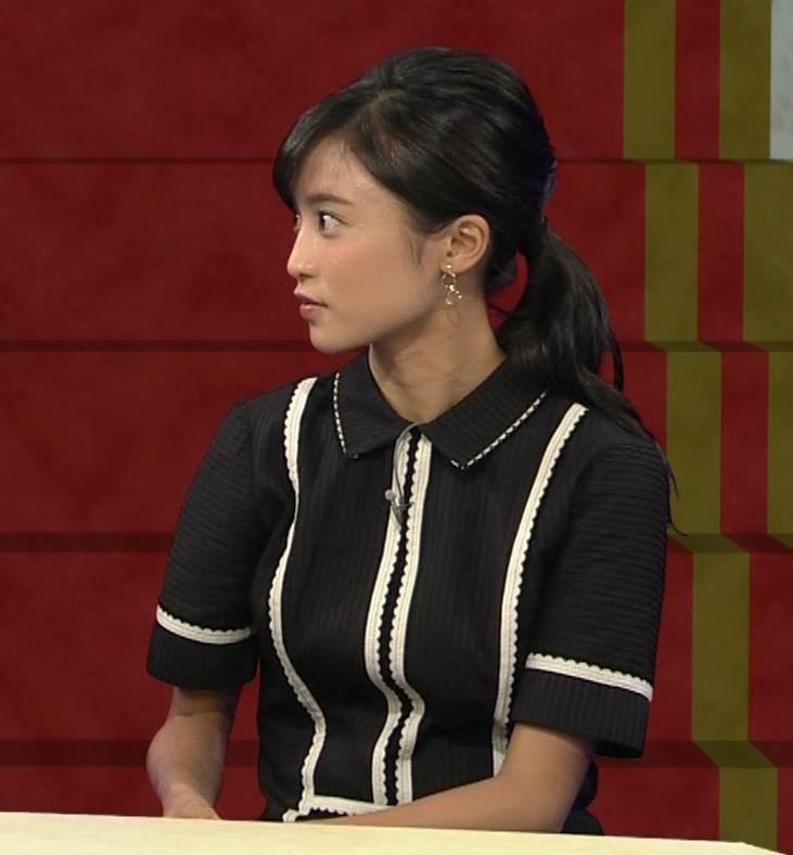 小島瑠璃子 ありそうでなさそうな着衣おっぱいキャプ・エロ画像7