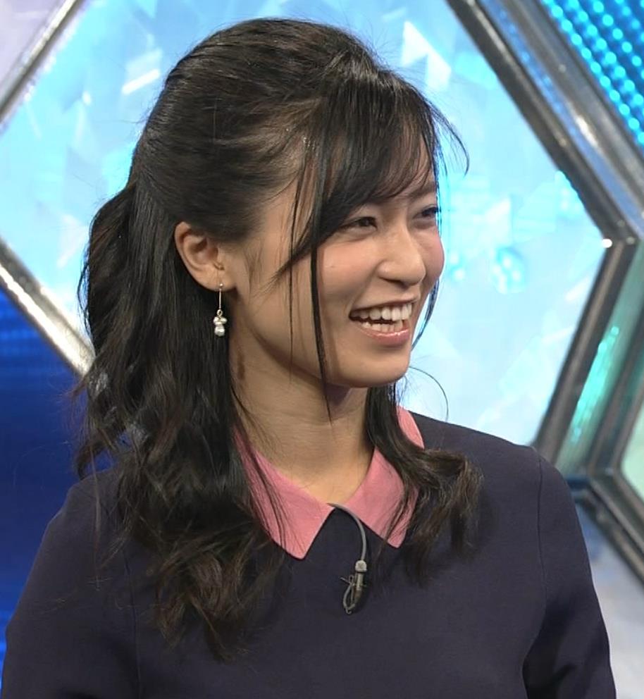 小島瑠璃子 スカートがパツパツキャプ・エロ画像12