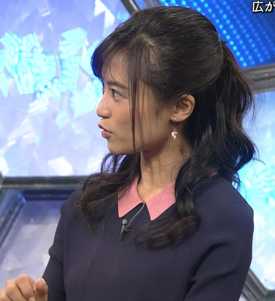 小島瑠璃子 スカートがパツパツキャプ・エロ画像13