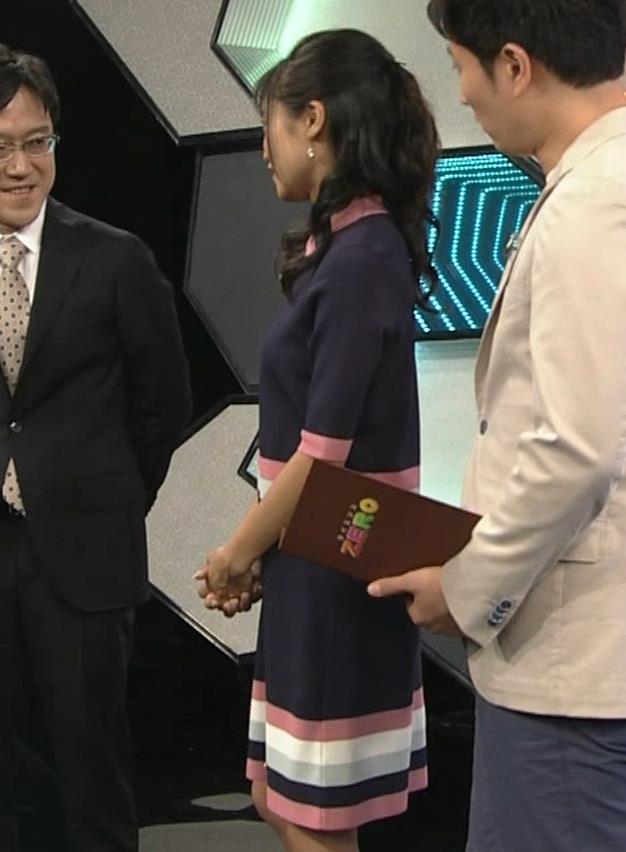 小島瑠璃子 スカートがパツパツキャプ・エロ画像8