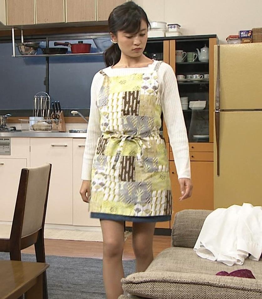 小島瑠璃子 胸元チラとかミニスカ脚とかキャプ・エロ画像5