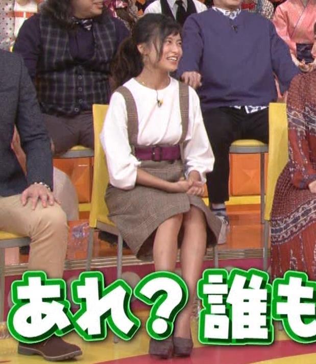 小島瑠璃子 着衣横乳キャプ・エロ画像6