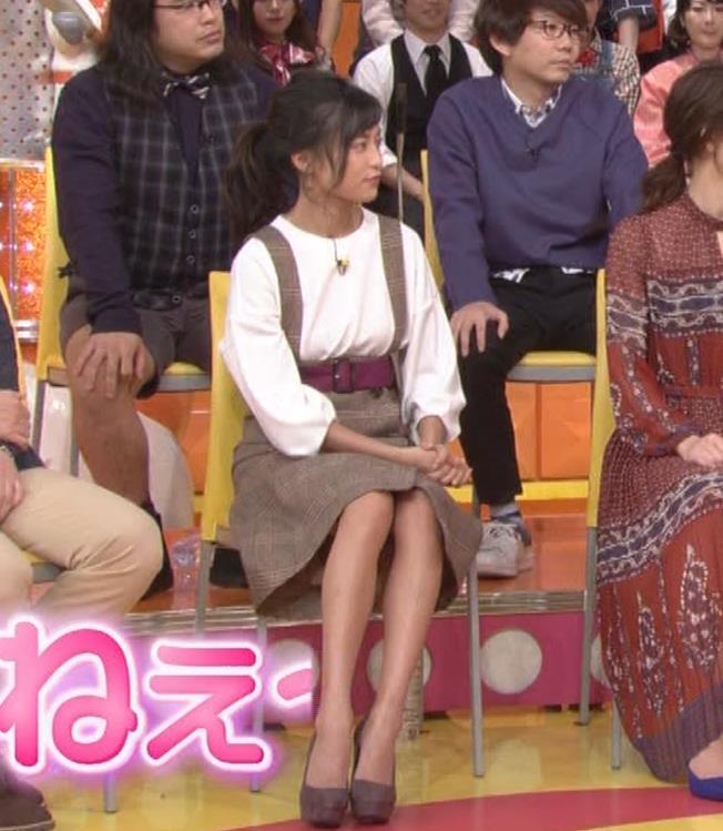 小島瑠璃子 着衣横乳キャプ・エロ画像9