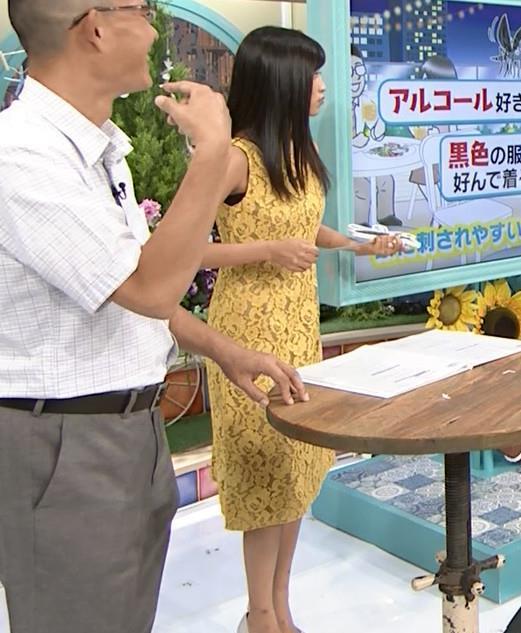 小島瑠璃子 体のラインがエロいワンピースキャプ・エロ画像9