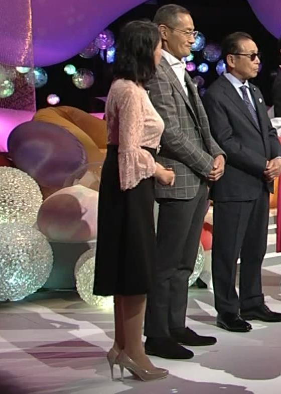 久保田祐佳アナ 横から見た巨乳がエロ過ぎキャプ・エロ画像4