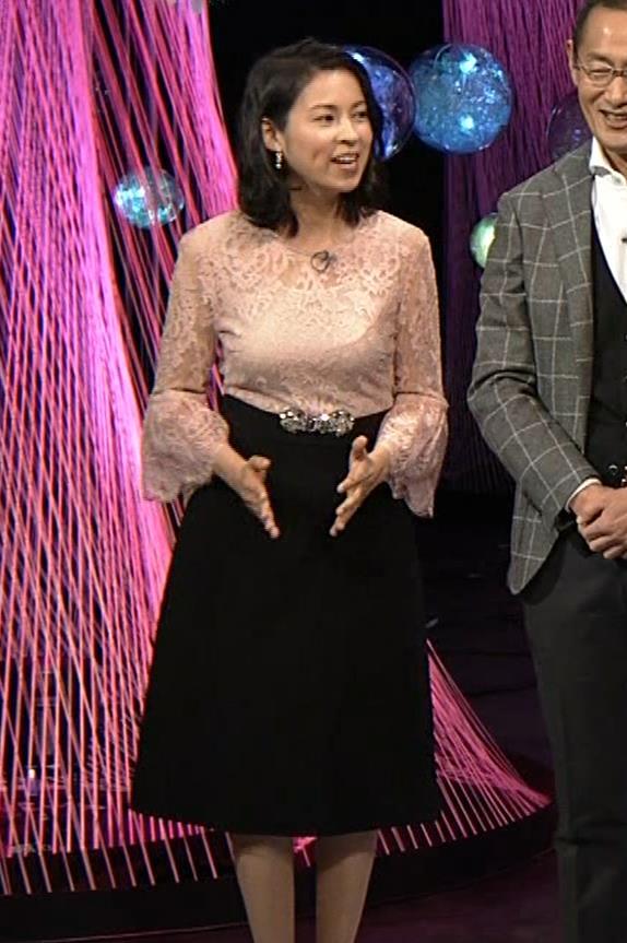 久保田祐佳アナ 横から見た巨乳がエロ過ぎキャプ・エロ画像8