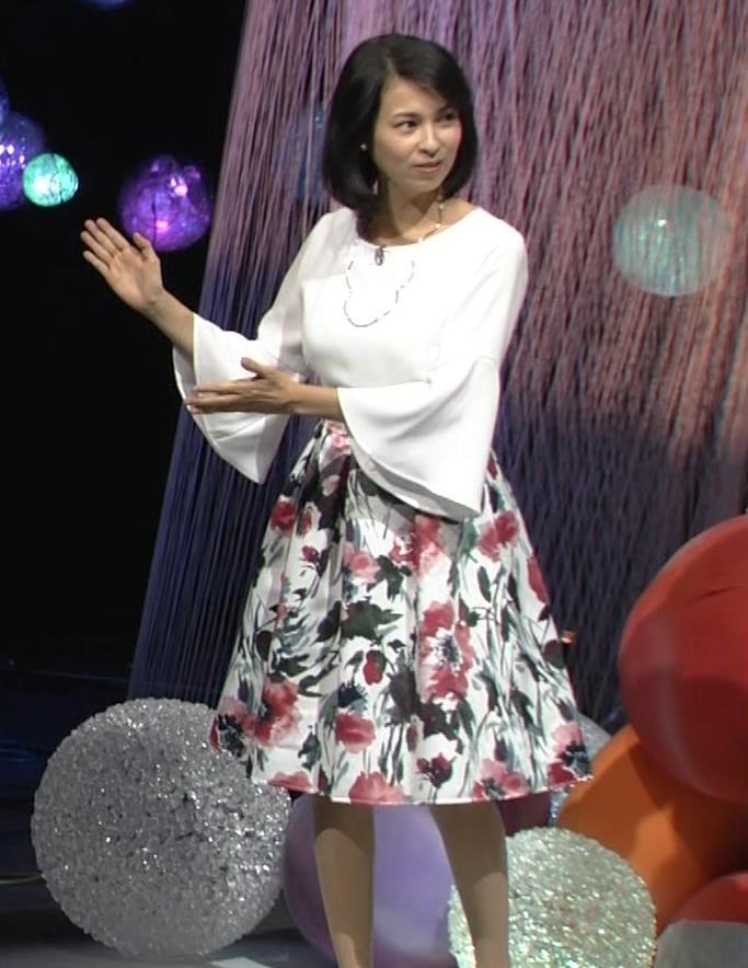 久保田祐佳アナ かなり巨乳が目立っていたキャプ・エロ画像3