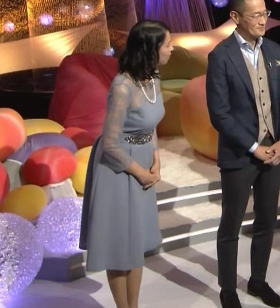 久保田祐佳アナ 巨乳でパンパンになった乳袋キャプ・エロ画像