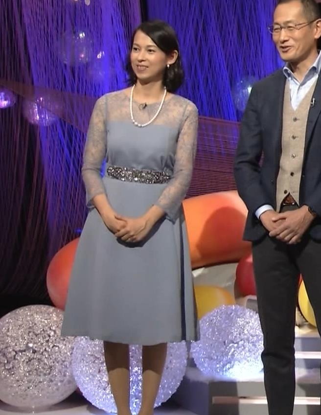 久保田祐佳アナ 巨乳でパンパンになった乳袋キャプ・エロ画像3