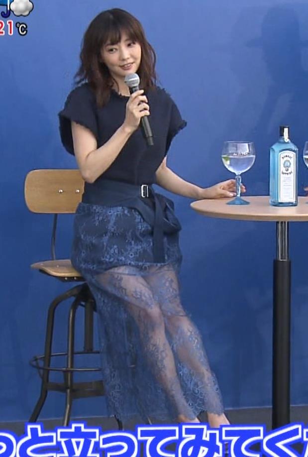 倉科カナ エロいスカートでイベントに出演キャプ・エロ画像6