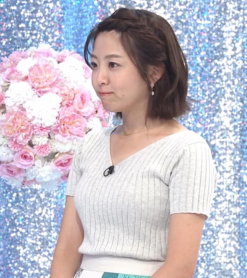 黒木千晶アナ ニットおっぱいキャプ・エロ画像6