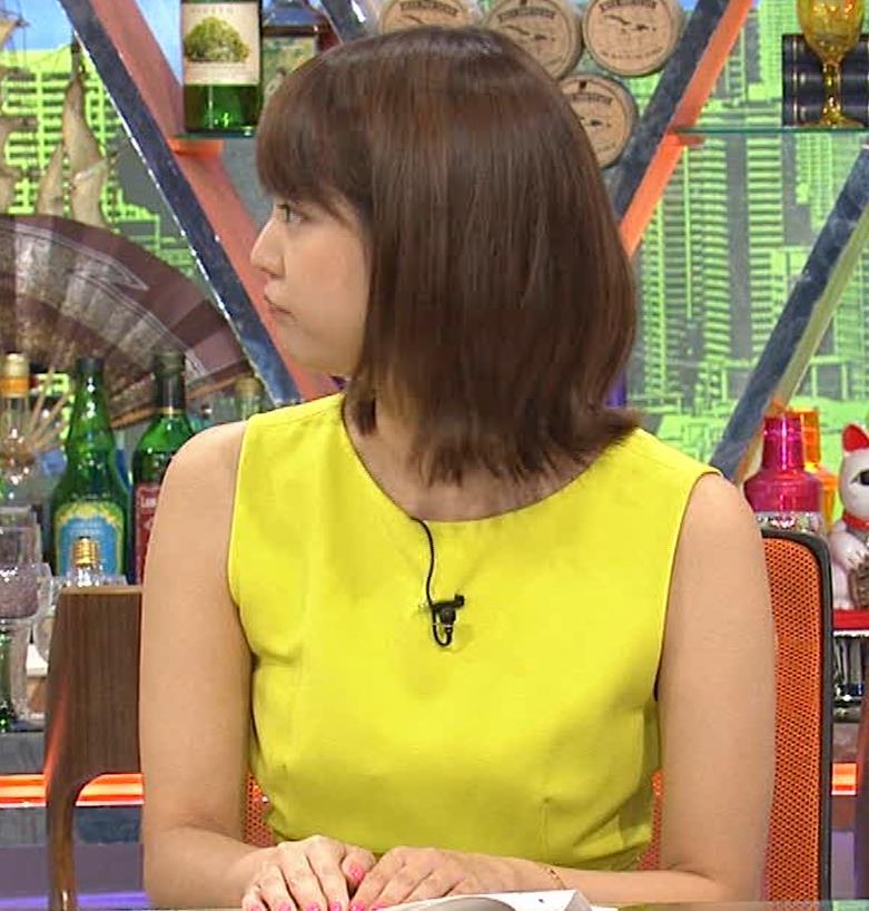久代萌美アナ 健康的なノースリーブキャプ・エロ画像12