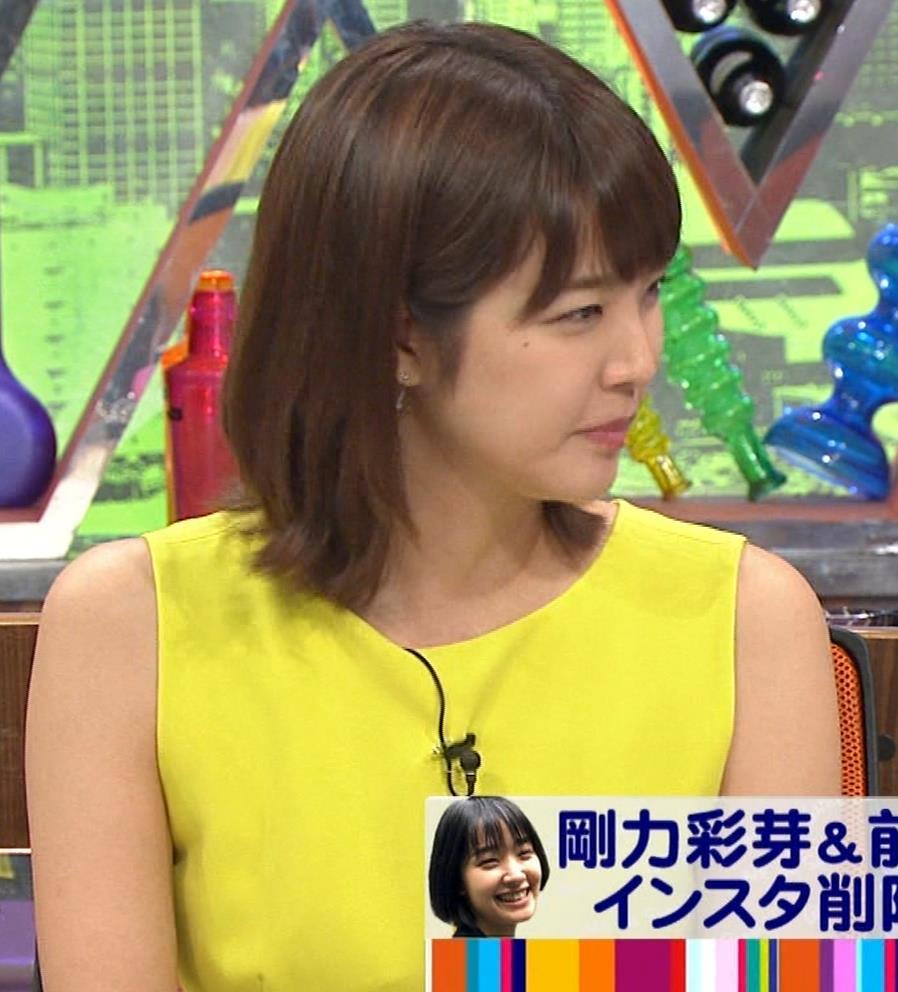 久代萌美アナ 健康的なノースリーブキャプ・エロ画像4