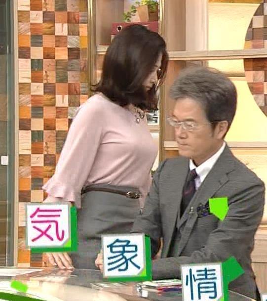 桑子真帆アナ 乳がデカくて尖ってる!キャプ・エロ画像5