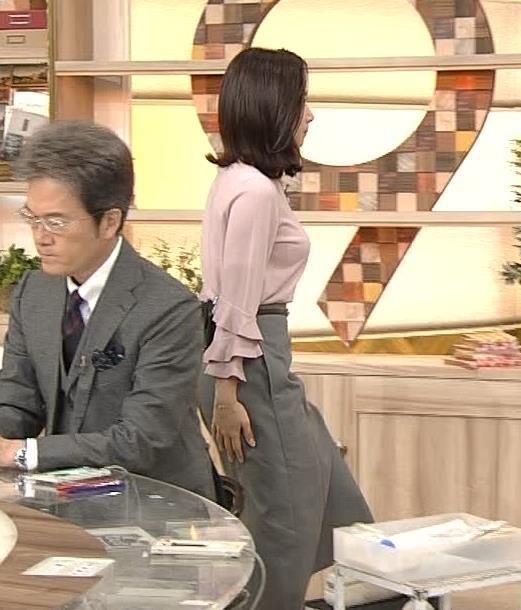 桑子真帆アナ 乳がデカくて尖ってる!キャプ・エロ画像6