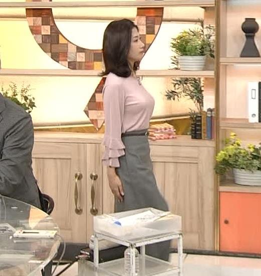 桑子真帆アナ 乳がデカくて尖ってる!キャプ・エロ画像7
