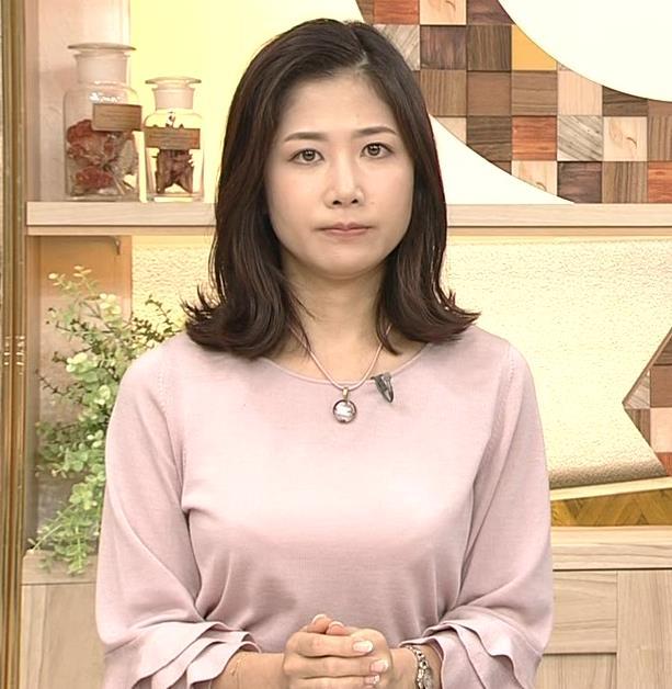 桑子真帆アナ 乳がデカくて尖ってる!キャプ・エロ画像9