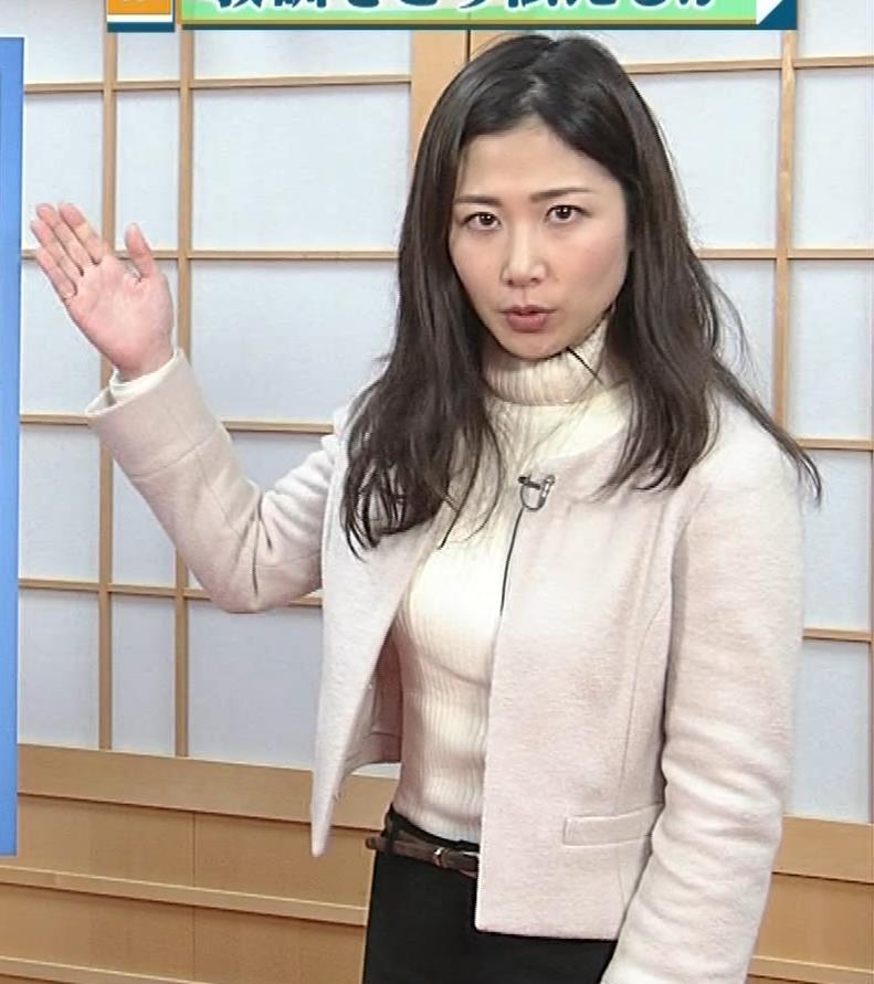 桑子真帆アナ ジャケットの下のニット巨乳キャプ・エロ画像11