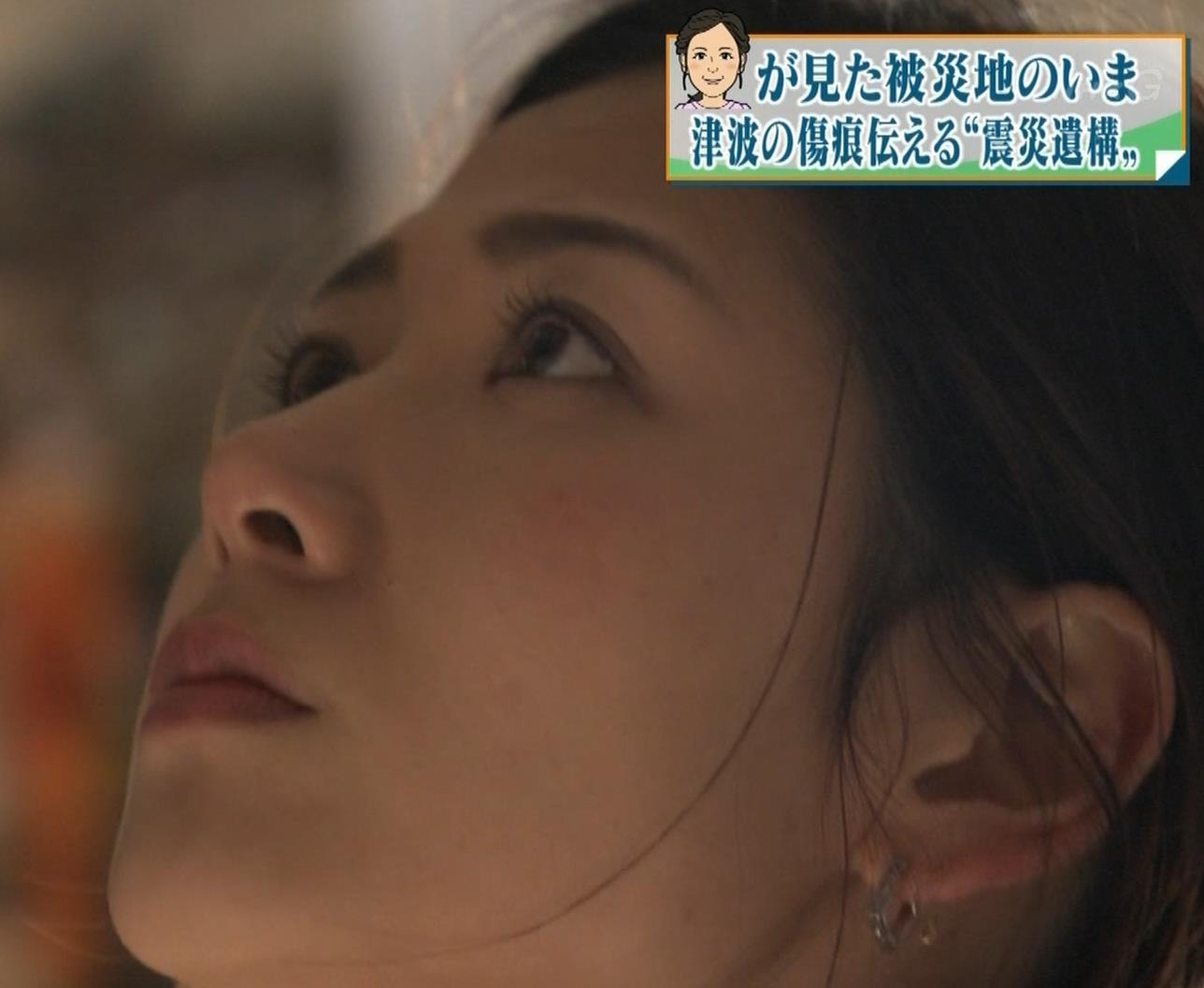 桑子真帆アナ ジャケットの下のニット巨乳キャプ・エロ画像5