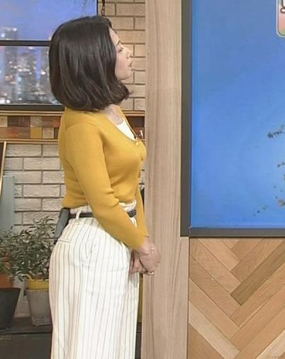 桑子真帆アナ 飛び出だ横乳がエロ過ぎだキャプ・エロ画像10