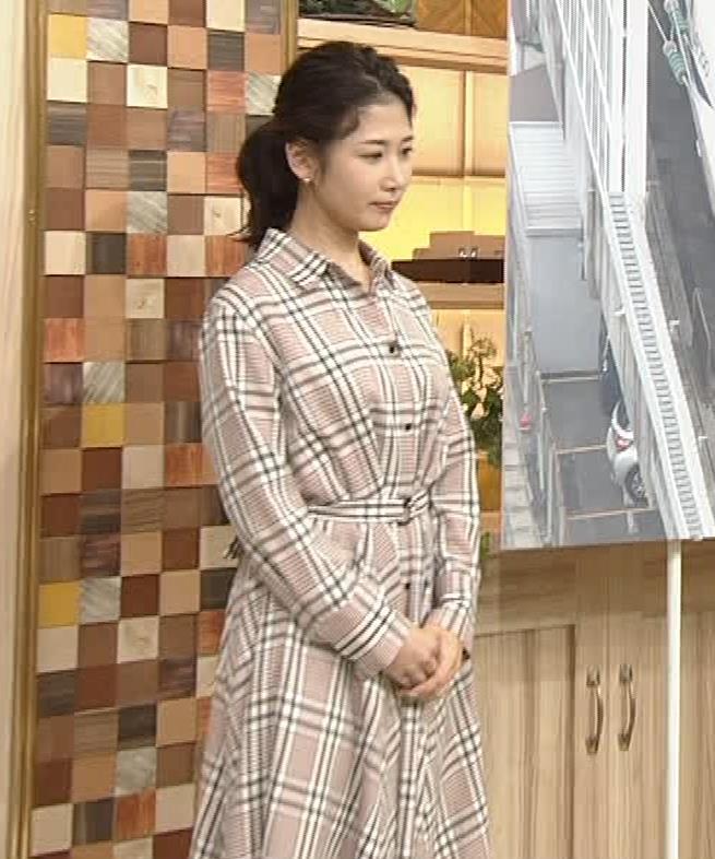 桑子真帆アナ 桑パイの横乳キャプ・エロ画像