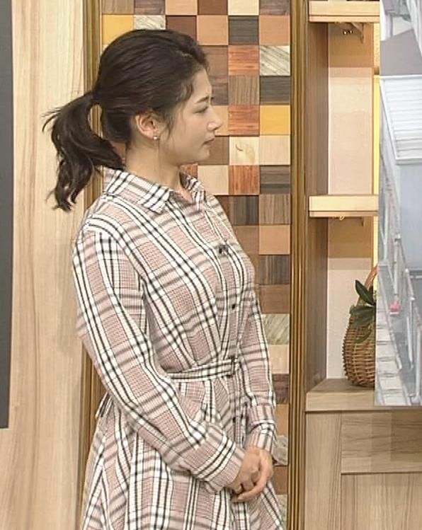 桑子真帆アナ 桑パイの横乳キャプ・エロ画像3