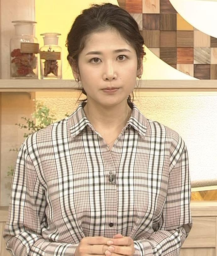 桑子真帆アナ 桑パイの横乳キャプ・エロ画像5
