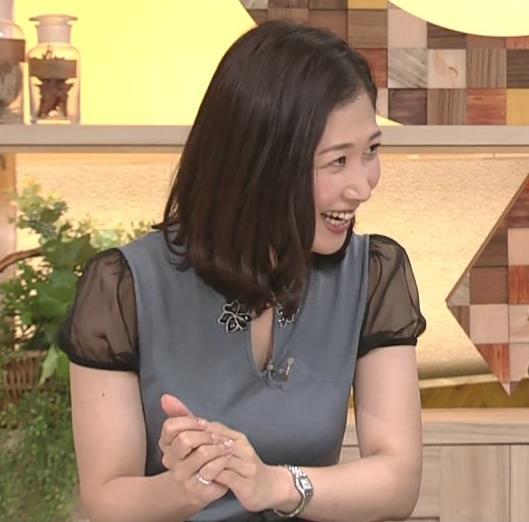 桑子真帆アナ 飛び出したロケットおっぱいキャプ・エロ画像10