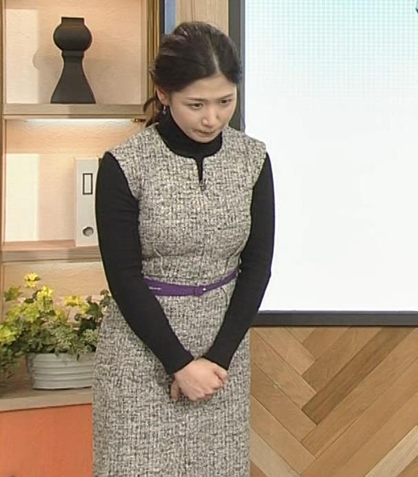 桑子真帆アナ 厚着でも胸の大きさがわかるキャプ・エロ画像13