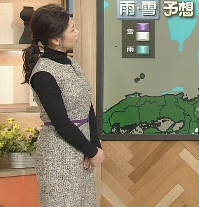桑子真帆アナ 厚着でも胸の大きさがわかるキャプ・エロ画像14