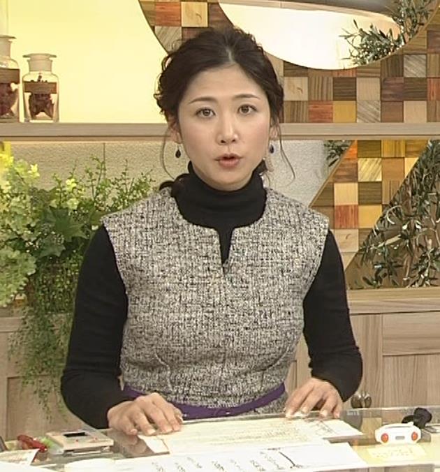 桑子真帆アナ 厚着でも胸の大きさがわかるキャプ・エロ画像16