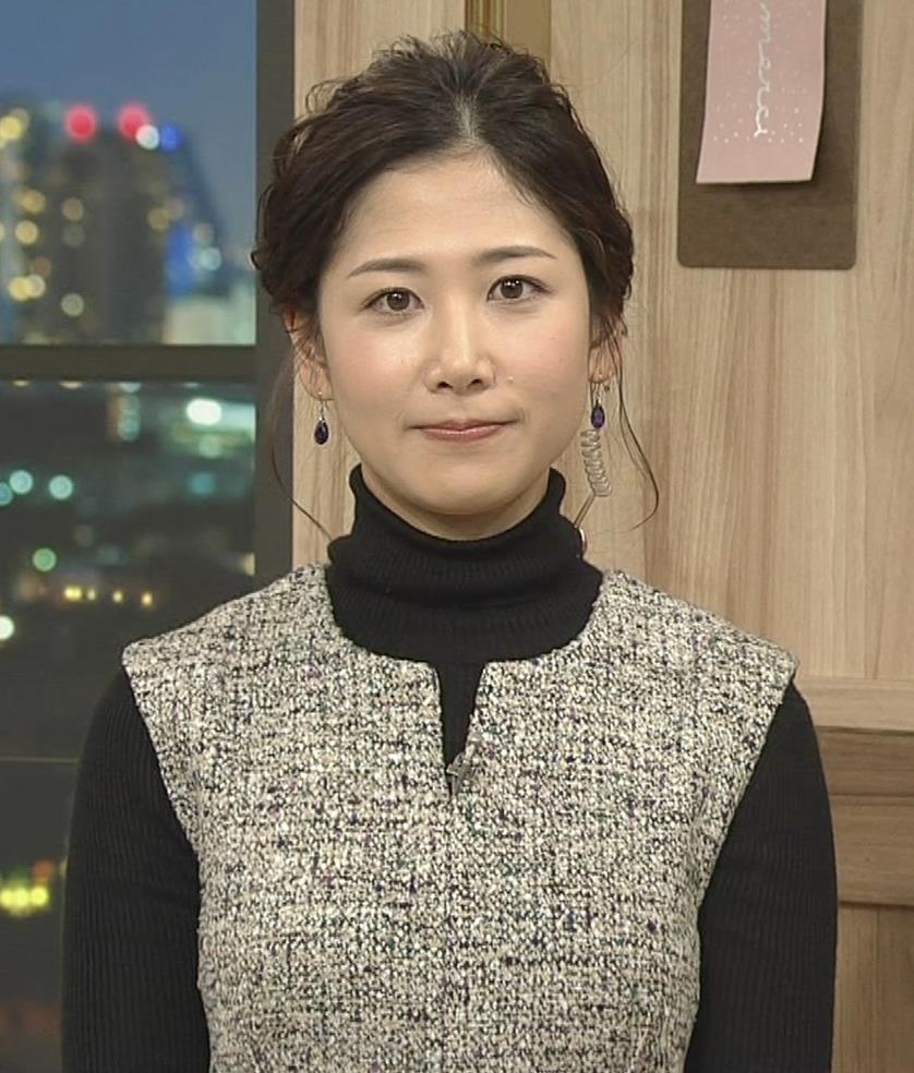 桑子真帆アナ 厚着でも胸の大きさがわかるキャプ・エロ画像9