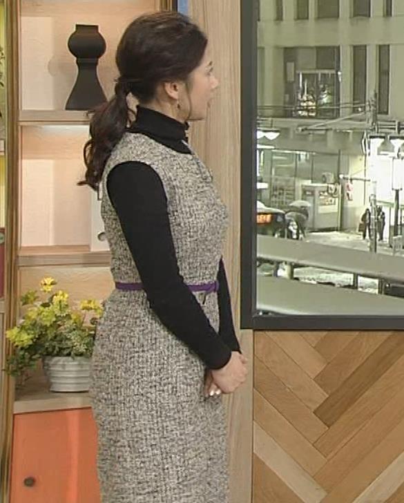 桑子真帆アナ 厚着でも胸の大きさがわかるキャプ・エロ画像10