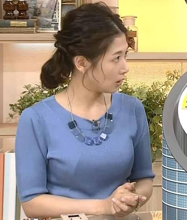 桑子真帆アナ 横から見るとやはりデカいキャプ・エロ画像9