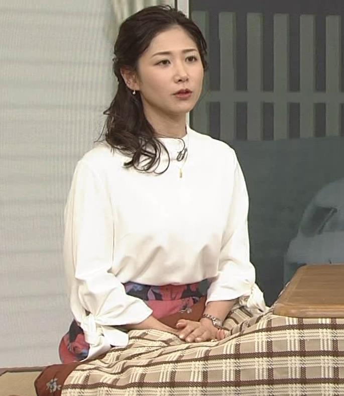 桑子真帆アナ 思いのほか乳でけぇキャプ・エロ画像9