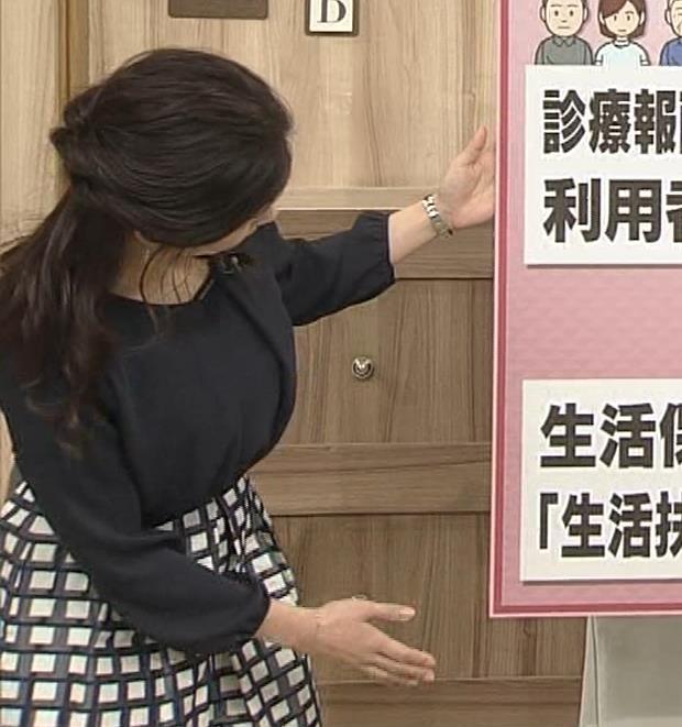 桑子真帆アナ 黒い服でも巨乳だとわかる横乳キャプ・エロ画像6