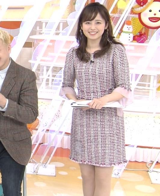 久慈暁子アナ スカートが短くて太ももチラリキャプ・エロ画像5